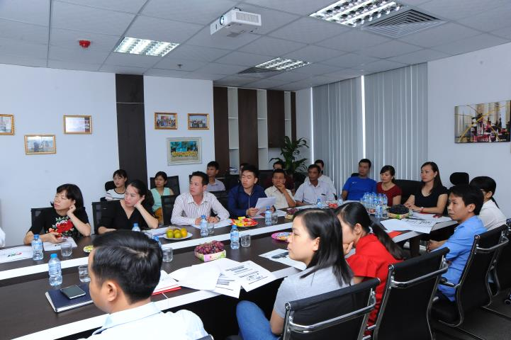 State Records Management and Archives Department of Vietnam to visit and work at FSI head office